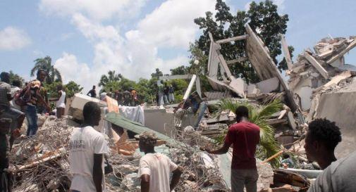 Terremoto Haiti, oggi bilancio morti sale a 724