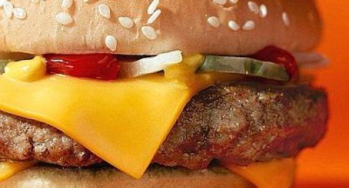 McDonald's sfida la crisi: hamburger a 90 centesimi