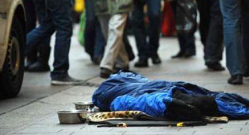 Roma, clochard muore assiderato su un marciapiede