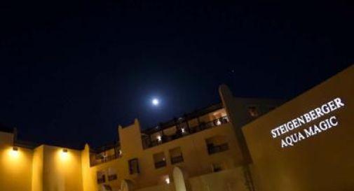 Coppia di turisti muore in hotel sul Mar Rosso, è giallo