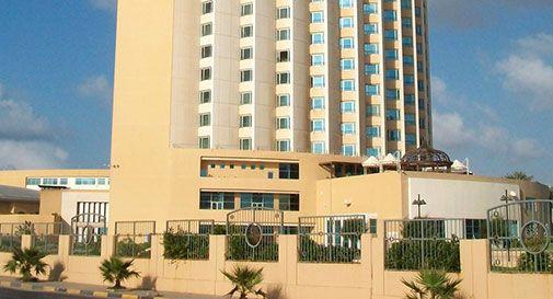 Tripoli, commando attacca hotel Corinthia. Morti due agenti
