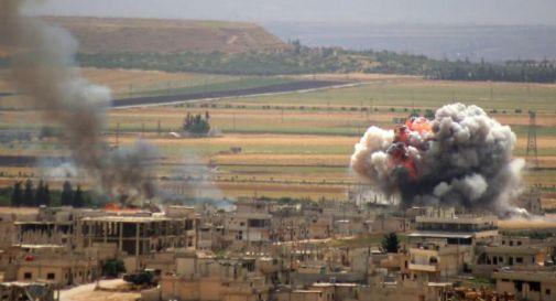 Siria, civili e bambini uccisi in raid su Idlib