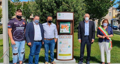 Nuovo defibrillatore in piazza a Susegana, in ricordo di Paolo Sillicchia