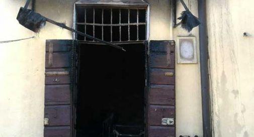 Incendio in un'abitazione a Treviso: il proprietario rimane ustionato tentando di spegnere le fiamme