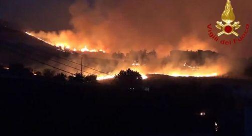 Italia assediata da caldo record e incendi, brucia il Sud