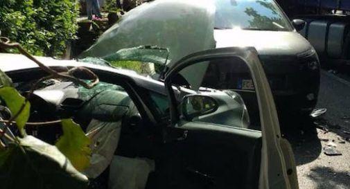 Schianto tra due auto e un camion a Volpago del Montello - Oggi Treviso
