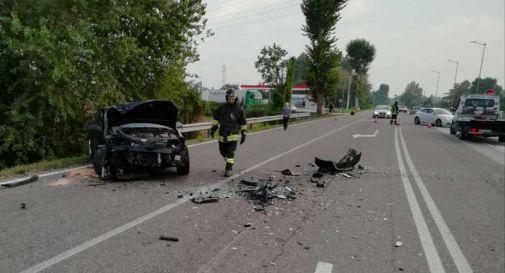Schianto frontale a Levada, il bilancio è di cinque feriti