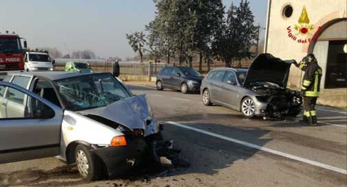 incidente tra tre auto