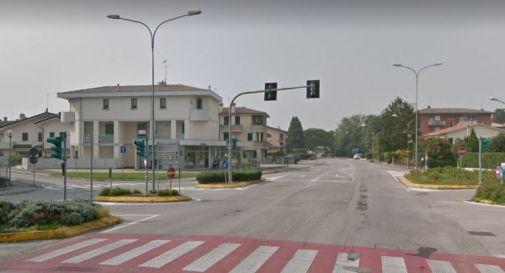 l'incrocio tra via Zermanesa e, a sinistra, via dello Scoutismo