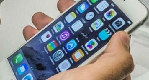 Apple Pay debutta in Italia, iPhone diventa 'carta di credito'
