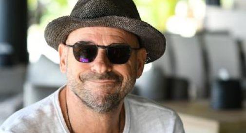 Fondatore Cirque du Soleil arrestato, coltivava marijuana sulla sua isola