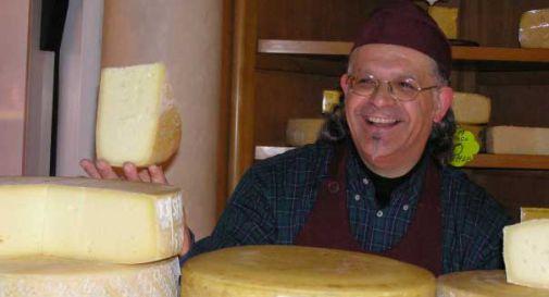 Malore improvviso in negozio, addio a Lucio della formaggeria