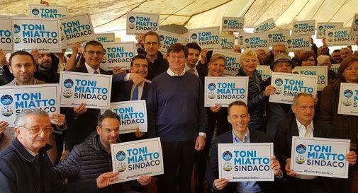 E' giallo a Vittorio Veneto: firme doppie per sostenere le liste?