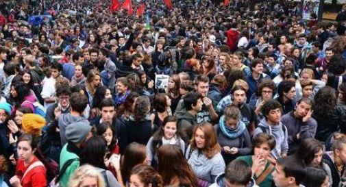 """""""Buona Scuola"""", studenti in piazza a Castelfranco"""