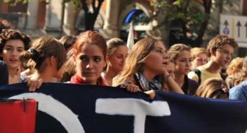 Insegnanti e studenti in piazza contro la 'Buona Scuola', a Roma tre manifestazioni