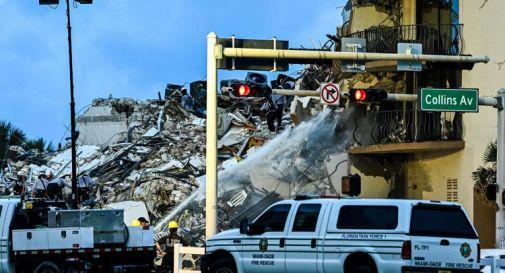Miami, palazzo crollato: ancora 99 dispersi