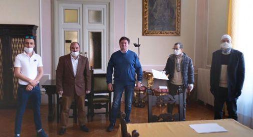 Donati 5 mila euro dall'associazione islamica Misericordia al Comune di Vittorio Veneto