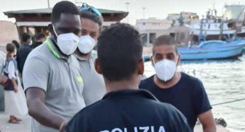 Migranti, a 15 anni dall'Egitto a Lampedusa: