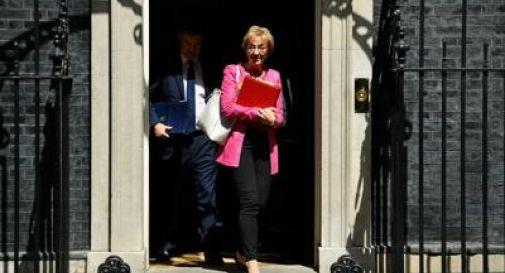Brexit, si dimette la ministra Leadsom