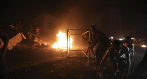 Lanciati 250 razzi da Gaza, Israele colpisce 130 obiettivi
