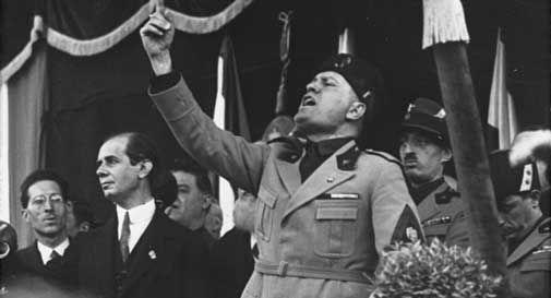Vita dura per i fascisti a Vittorio Veneto: niente più spazi comunali e patrocini