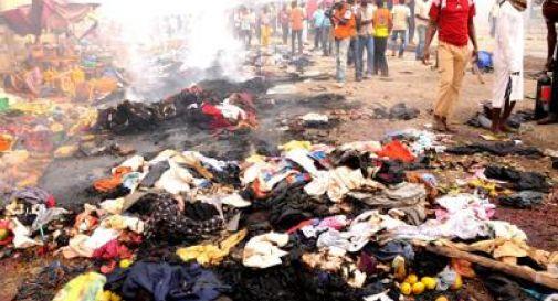 Nigeria, due ragazze si fanno esplodere vicino a una moschea: 20 morti