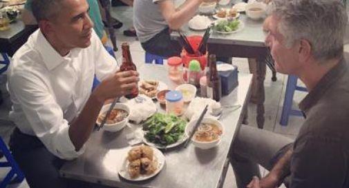Noodles e birra fredda, cena low cost da 6 dollari ad Hanoi per Obama