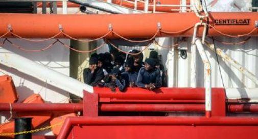 Ocean Viking sbarcherà a Pozzallo, a bordo ci sono 104 persone