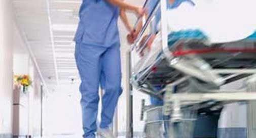 Ricoverato un 48enne all'ospedale di Castelfranco per meningite, scatta la profilassi per 15 persone