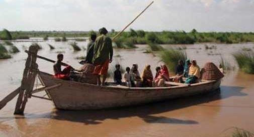 Alluvioni in tutto il Pakistan, almeno 69 i morti