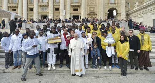 Profughi vittorio papa francesco