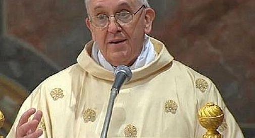 Papa: ''In Vaticano corruzione e lobby gay''