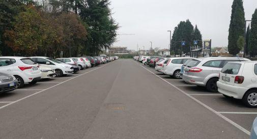 parcheggio del cimitero (foto facebook)