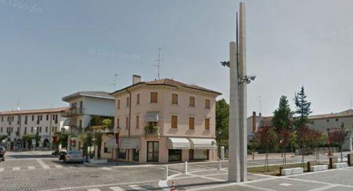 Parcheggi in piazza Umberto I, il sindaco lancia il sondaggio