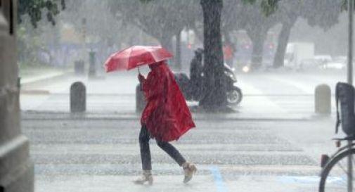 Piogge in attenuazione, martedì torna il sole