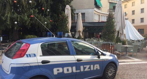 Polizia in piazza XX Settembre