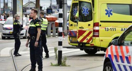 Spari su un tram a Utrecht, 3 morti e 5 feriti