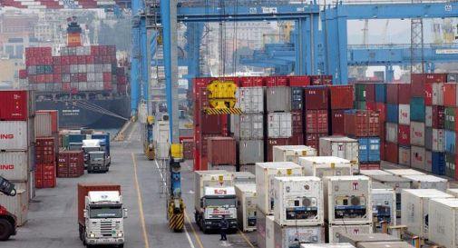 Green pass obbligatorio, portuali e camionisti: