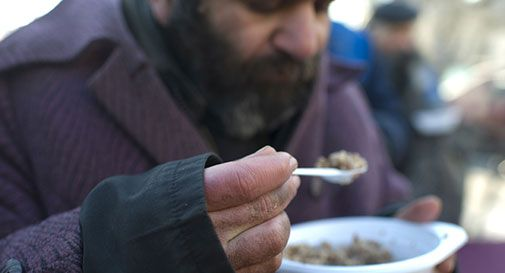 Venduti per 4 mln alimenti destinati a poveri