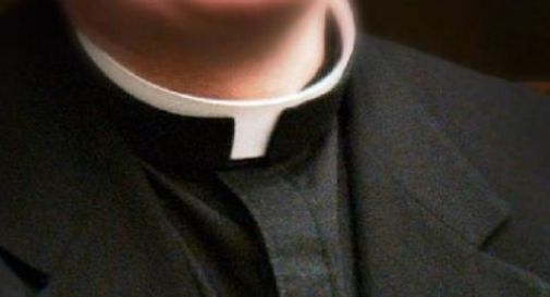 Presunti abusi sessuali:150 firme a sostegno dei 2 preti accusati