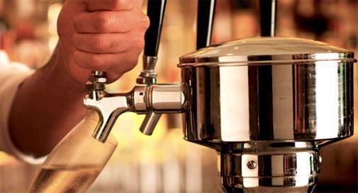 Prosecco alla spina in pub inglesi, Italia chiede intervento autorità inglesi