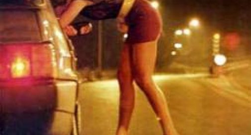 Ventenne incinta si prostituisce lungo la Pontebbana