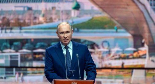Covid, Putin verso autoisolamento: