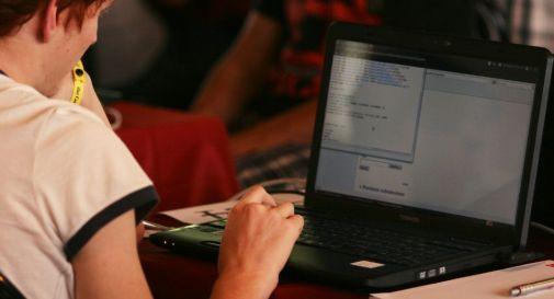 Sempre più italiani scelgono assicurazioni online per risparmiare