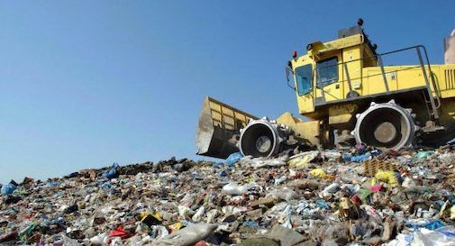 discarica rifiuti abbandonati