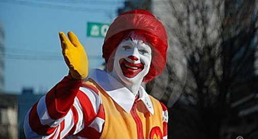 McDonald's e comune di Jesolo regaloano il pranzo di Natale ai meno fortunati