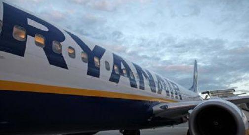 Ryanair, il bagaglio a mano rimane gratis: stop dall'Antitrust