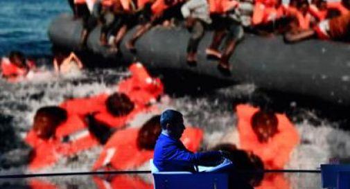 120 ragazzi, donne e bambini muoiono in mare. Salvini non cede: