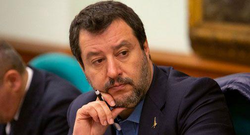Migranti in protesta a Casier, la rabbia di Salvini: