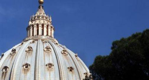 Becciu rinuncia a cardinalato, dagli altari alle polveri la parabola dell'aspirante Papa